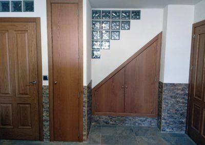 Puerta a medida artesano